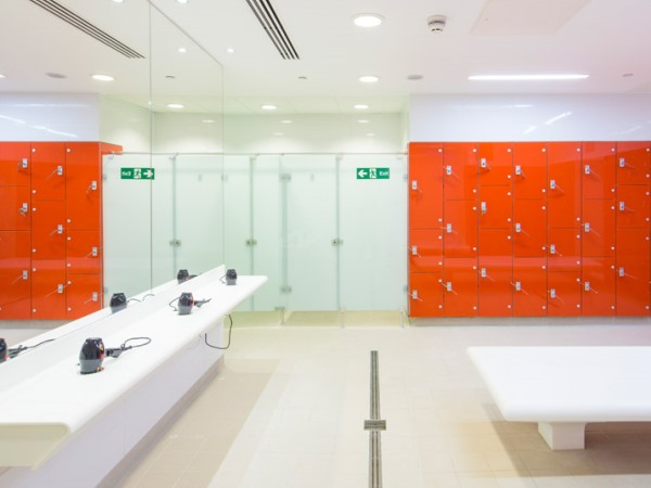 Glass Lockers Wet